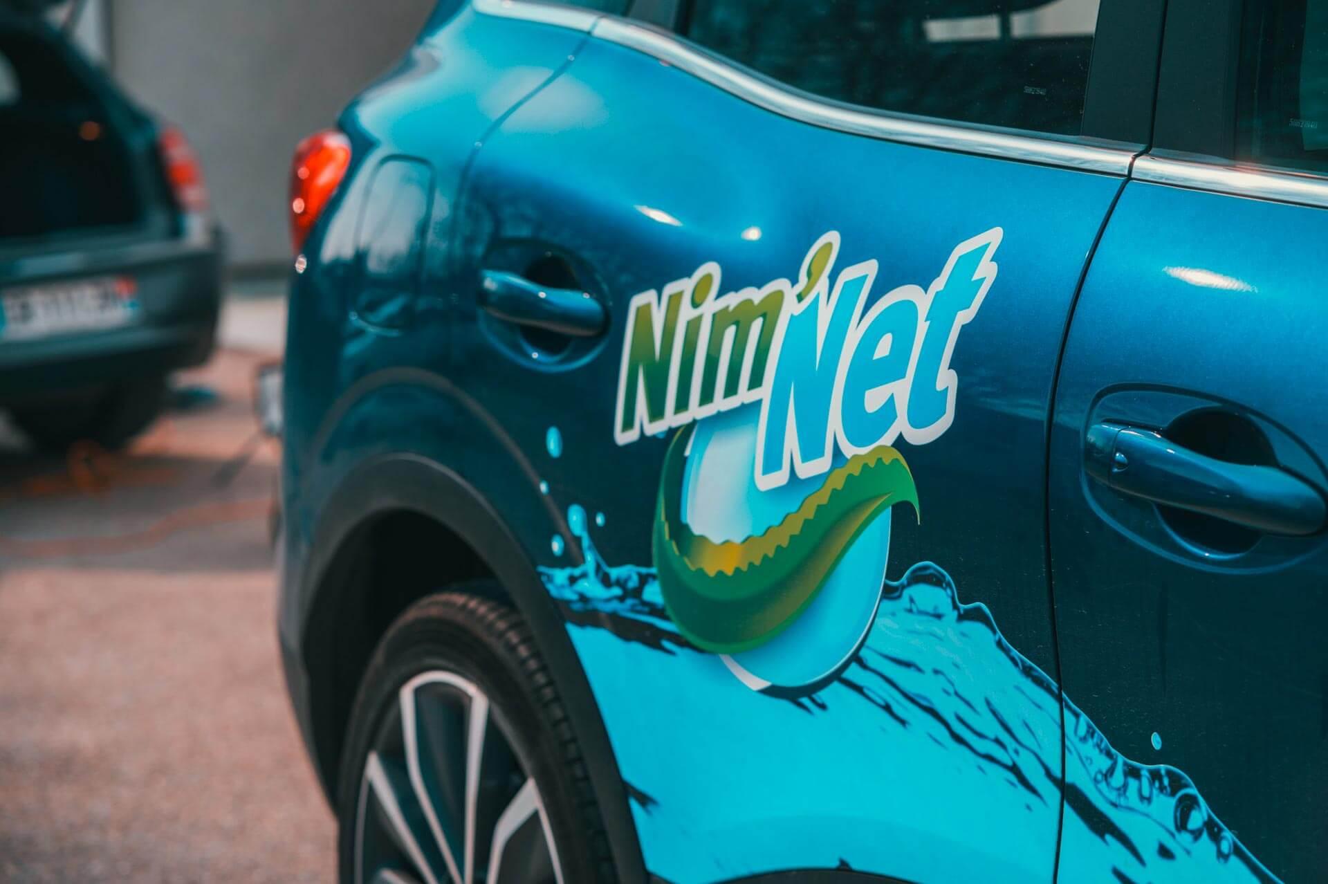L'aspiration complète du véhicule - Nettoyage de véhicules professionnels et utilitaires