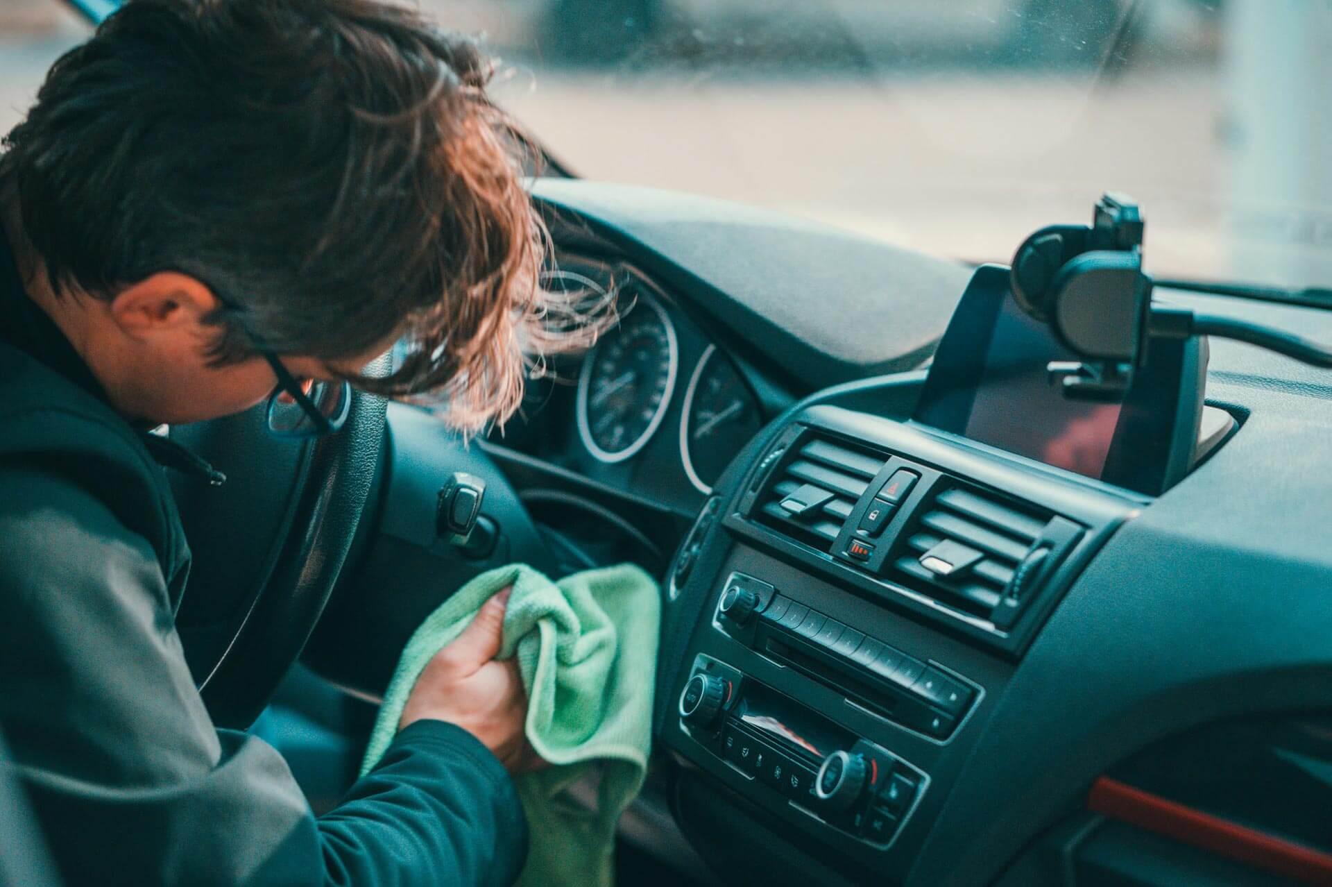 Les finitions et brillance - Nettoyage de véhicules professionnels et utilitaires